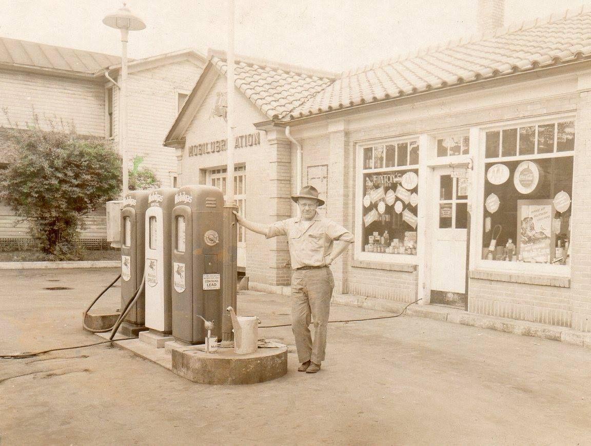 Mobil Man 1948 (Greenville, Ohio Pictured Ken Finton