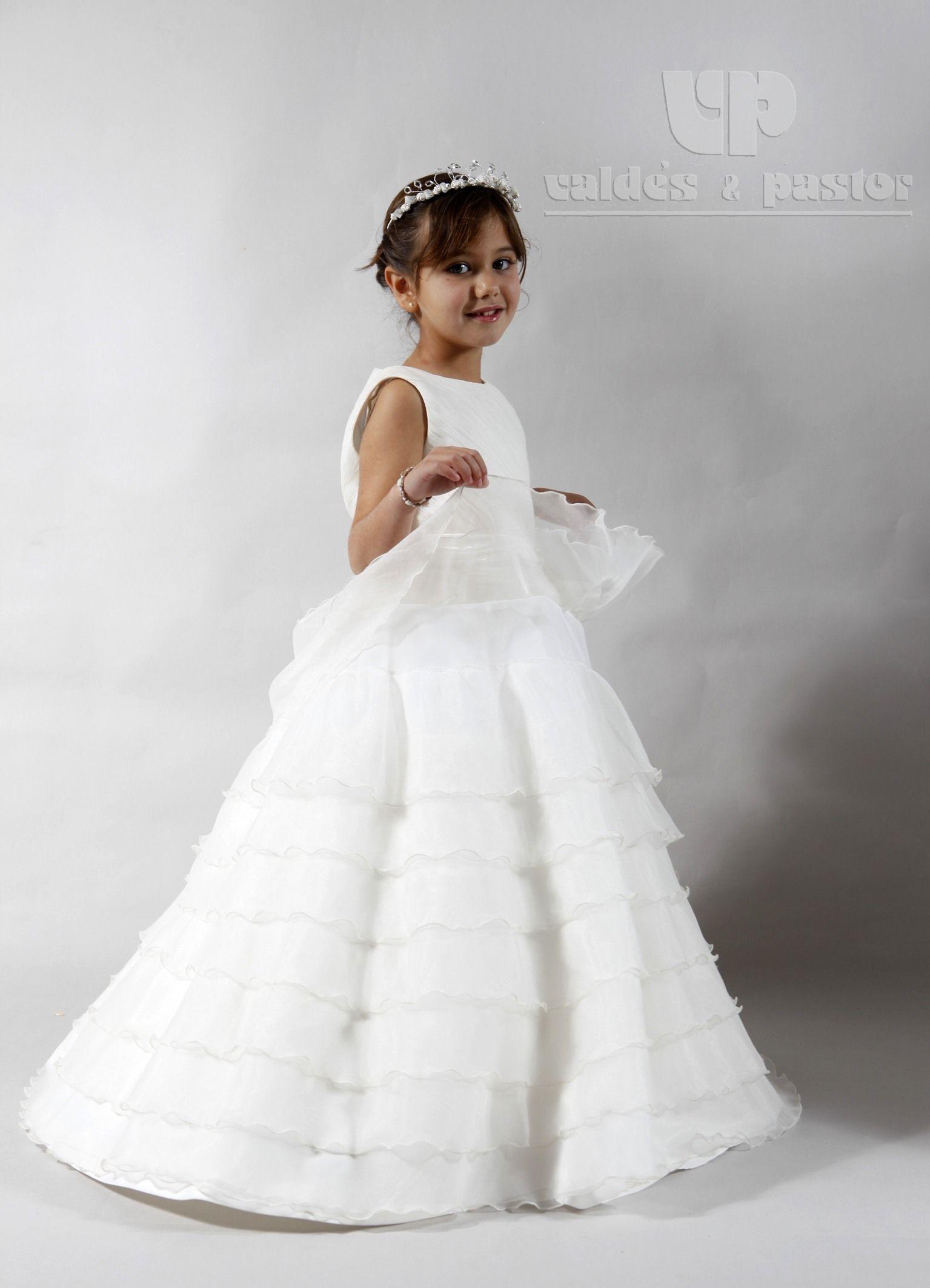 Diseño de Inés para Valdés Pastor. Vestido de organza marfil con ...