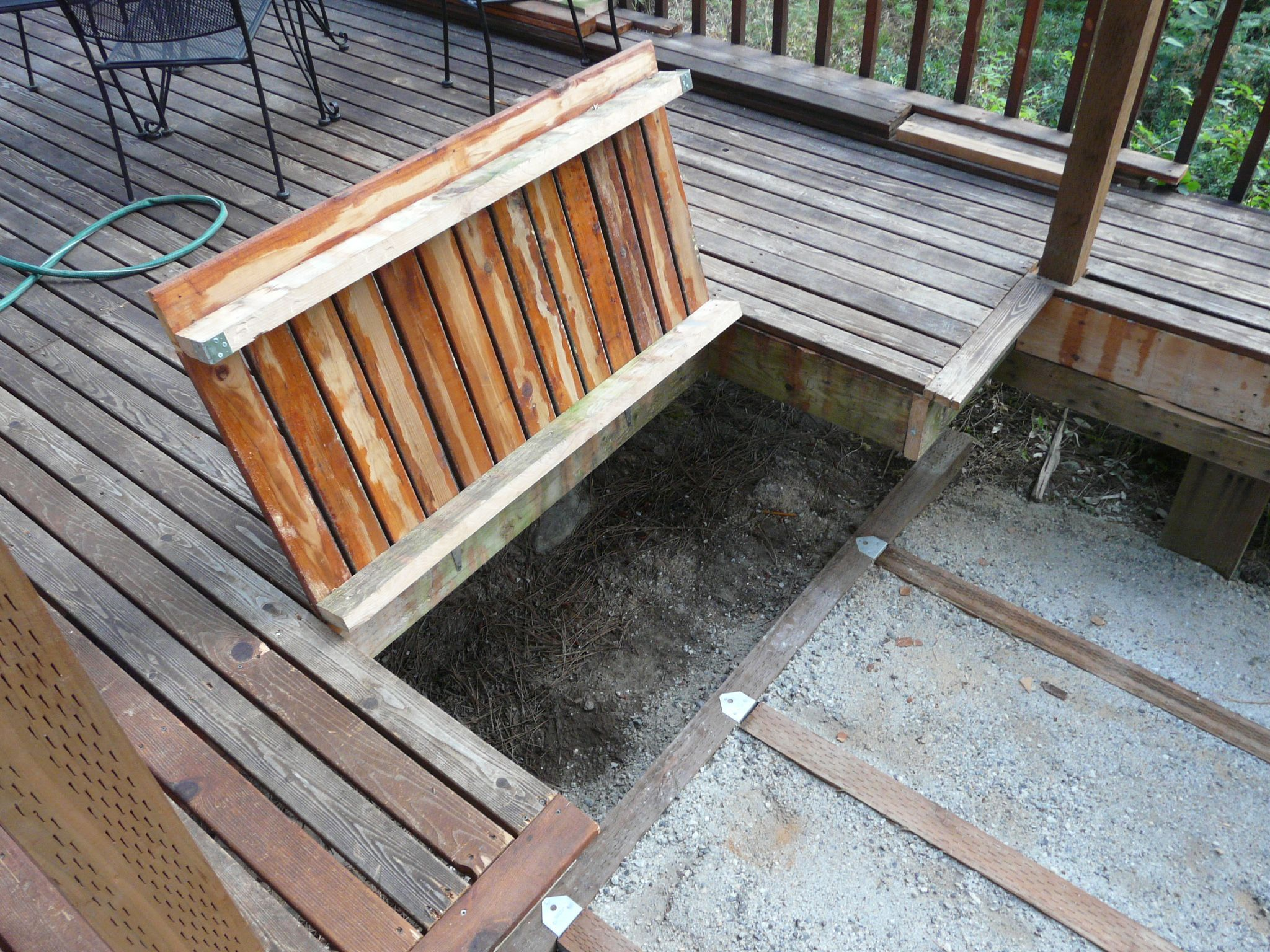 Awesome Another Trap Idea To Hide The Manhole Covers Under Decking More