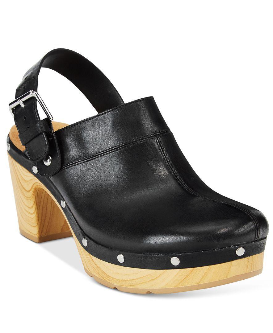 3e90e53b8eb9 Versatile style and comfort technology makes Clarks  Artisan Ledella York  clogs…