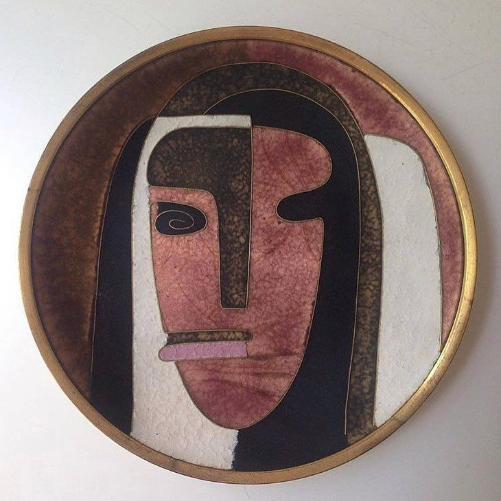 Lady #vintage #cloisonne #midcenturymodern #modernism #midcentury #plate #brass #copper #hand #face #woman #wanderlust #interiordesign #inspiration #love #female #amor #beauty #abstract #art #fashion #inspiration #style        Fashion Fashionable Ideas Party Clothes Makeup Jewelry Trends Trend Trending