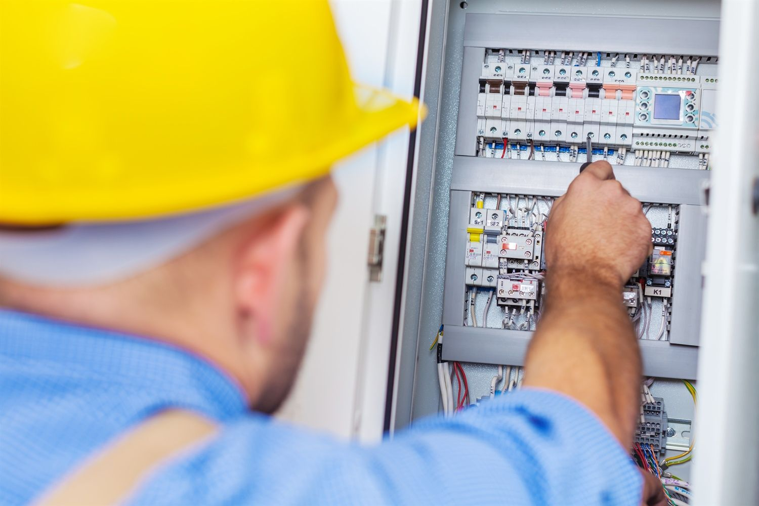 Electrician Everett Wa Can Handle A Variety Of Commercial And