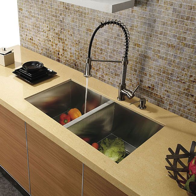 This Vigo stainless steel pull-out kitchen faucet is a beautiful ...