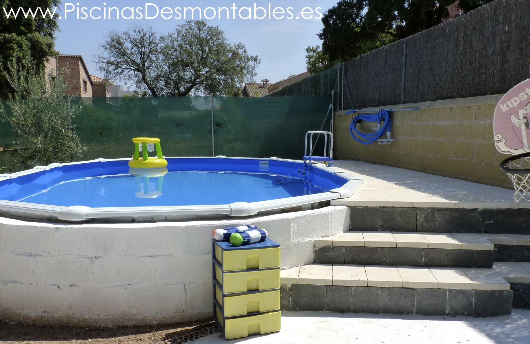 Piscina gre de 610x375x132cm serie atlantis semi enterrada for Escaleras para piscinas desmontables