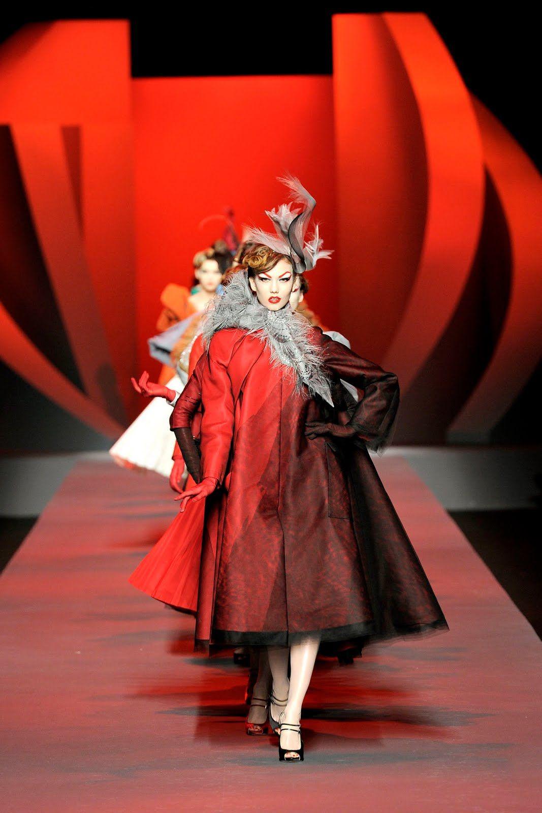 Christian Dior Haute Couture | Paris Haute Couture Fashion Week| Christian Dior S/S 2011!