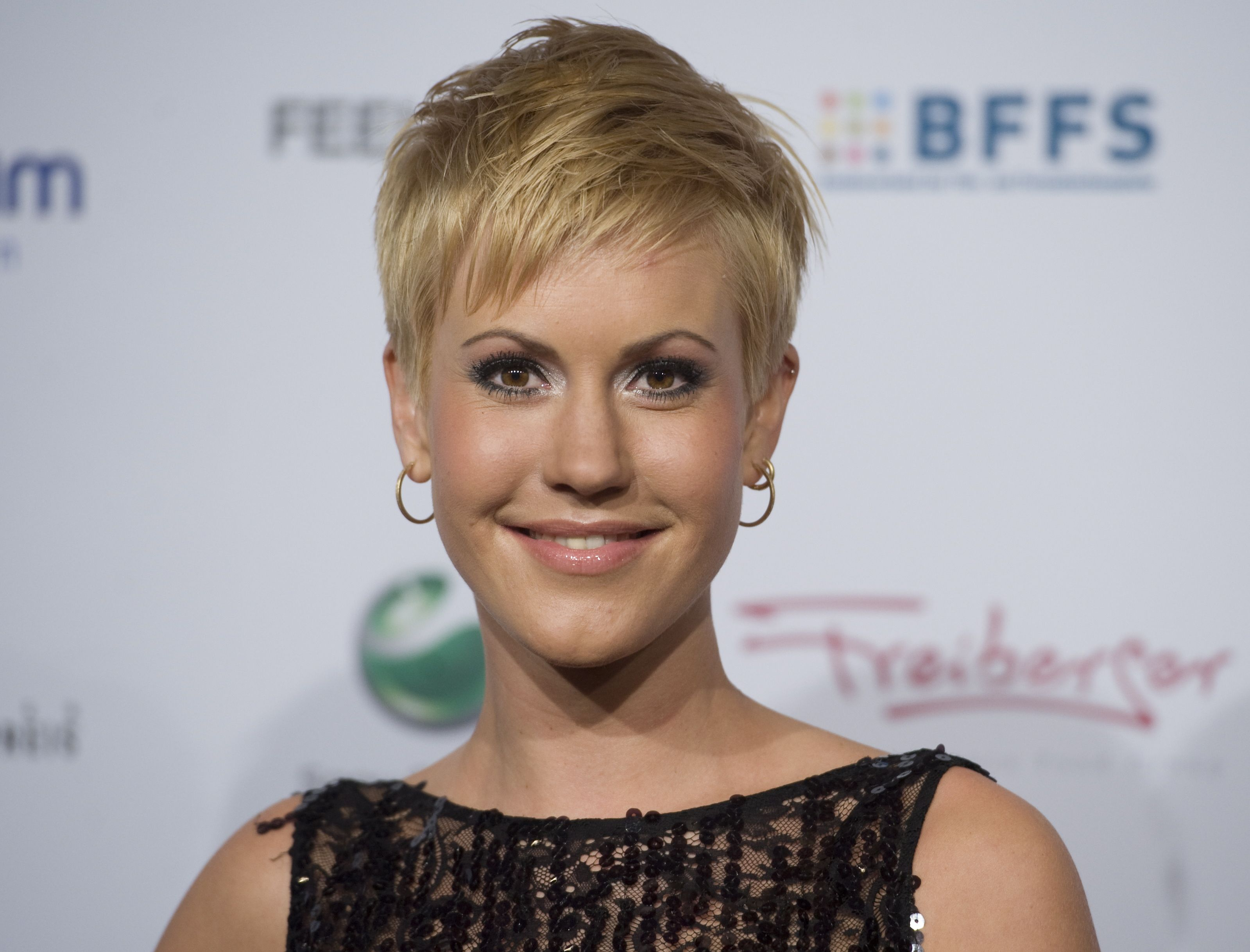 Wolke Hegenbarth Short Hair Google Search Wolke Hegenbarth Wolken Kurzhaarfrisuren