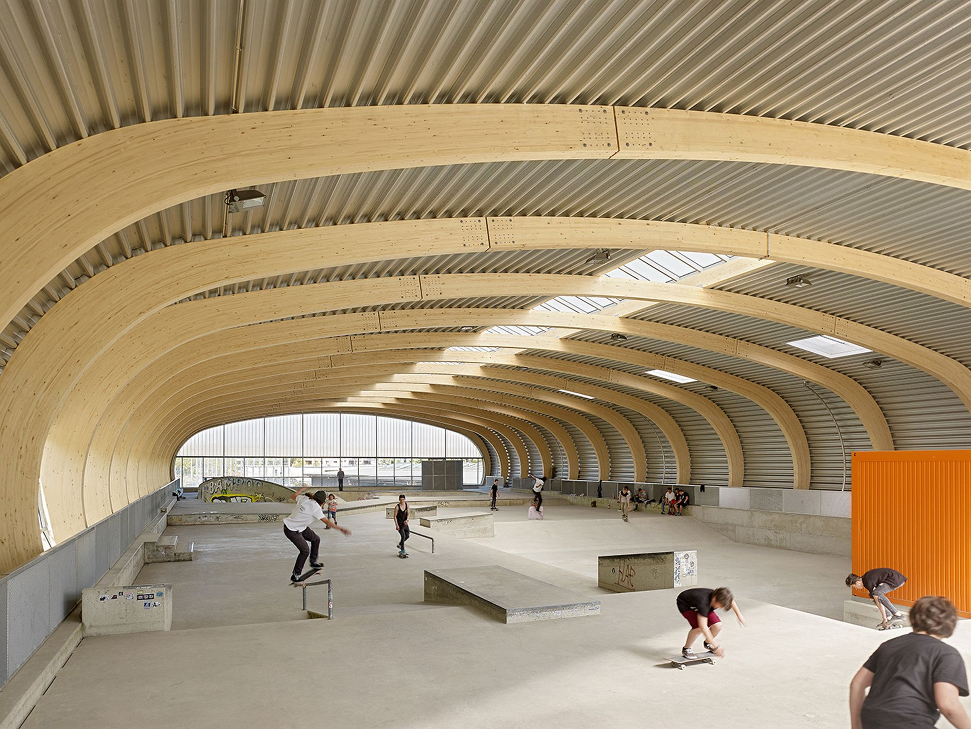 Skaterhall / Herrmann + Bosch Architekten | ArchDaily Brasil
