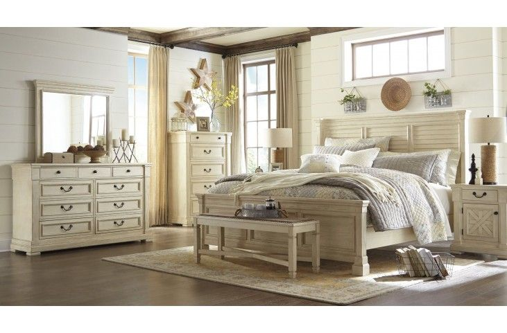 Best Bolanburg White Louvered Panel Bedroom Set Bedroom 400 x 300