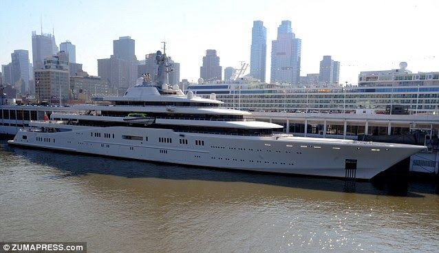 Superyacht abramovich  The Eclipse: Roman Abramovich 1.5 billion Super Yacht Eclipse is ...