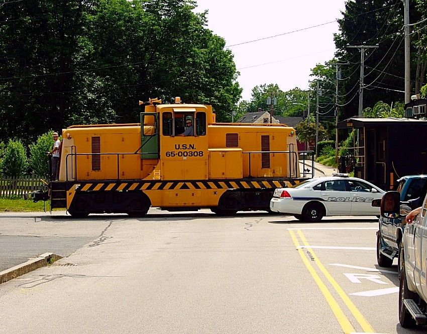 Us Navy Switcher In Kittery Me Railroad Photography Train