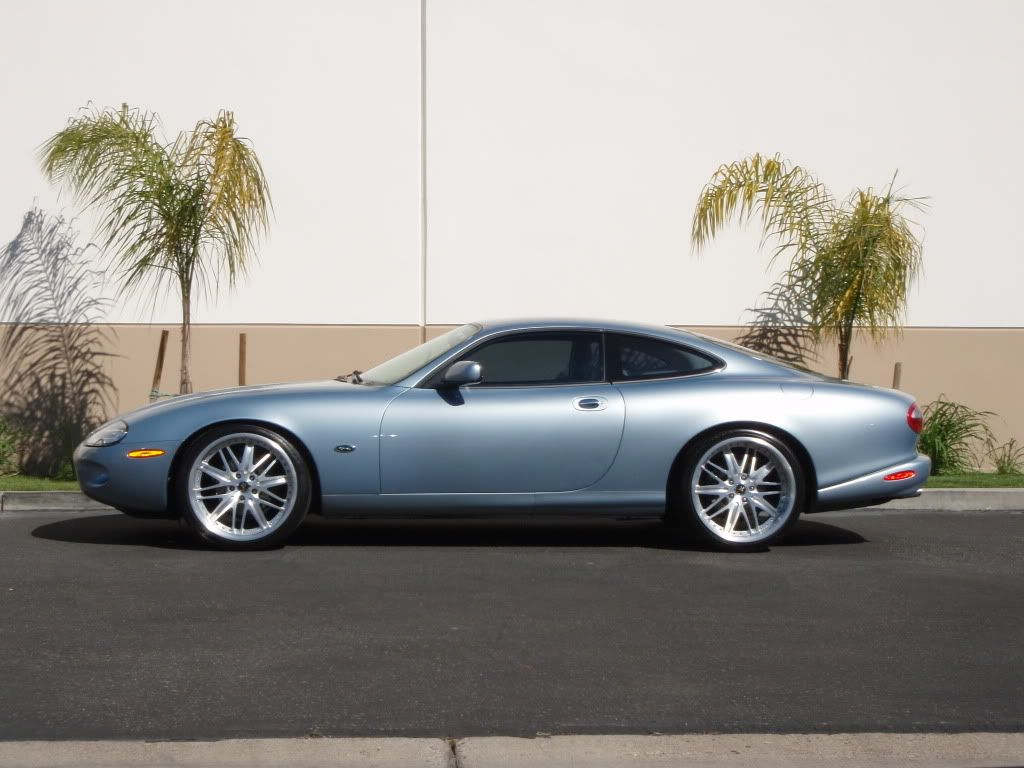 Jaguar xkr cars italian pinterest cars jaguar xk and jaguar xk8
