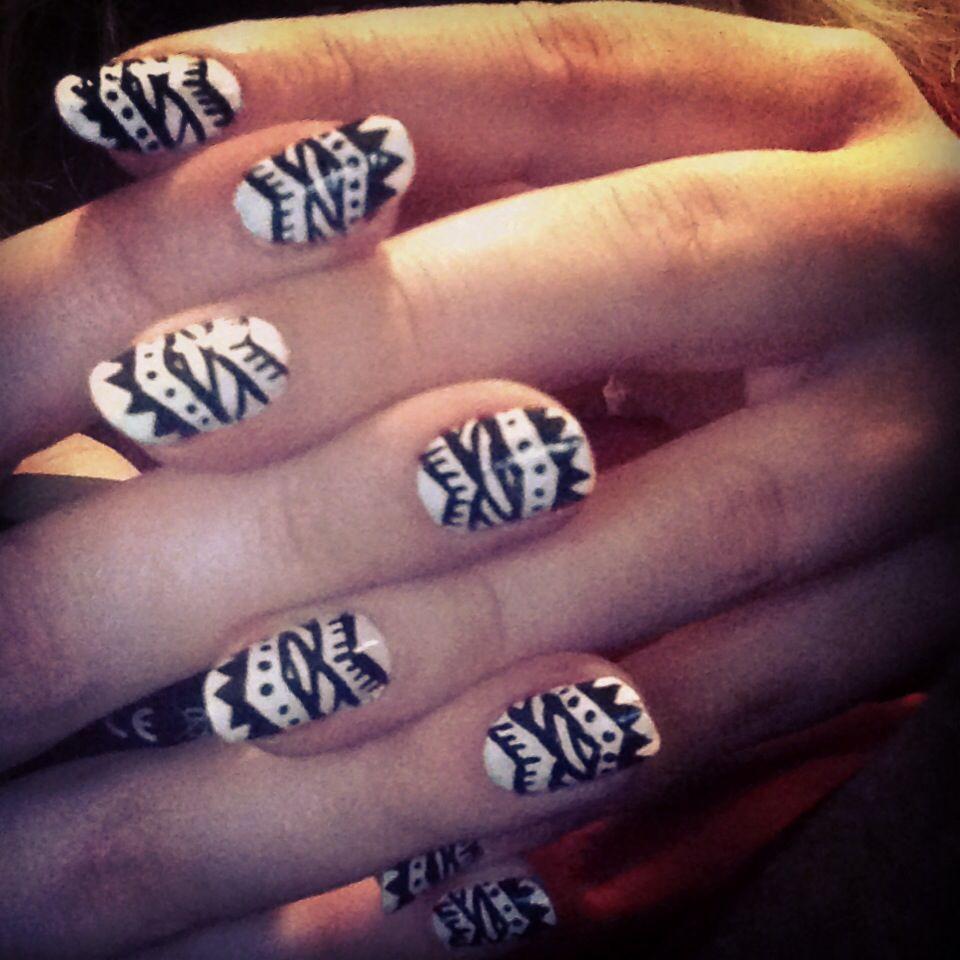 3 Tribal Nails Black And White Nail Design Pinterest