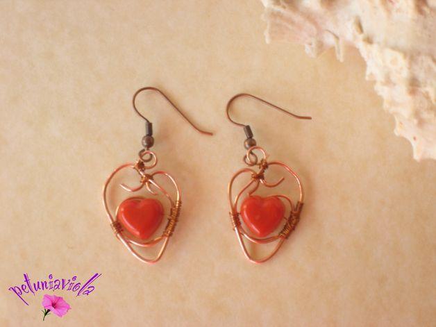 Copper wire earrings , red heart resin  handmade. Wire jewel