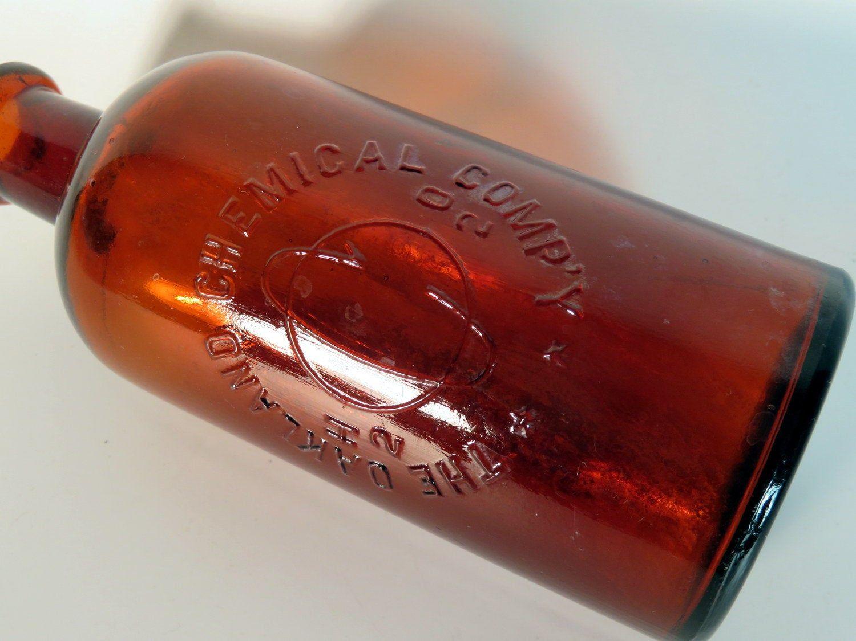 Vintage Oakland Chemical Co H2o2 Bottle Dioxygen Brown Amber Bottle C 1920 By Marlbororoad On Etsy Antique Glass Bottles Amber Bottles Antique Bottles