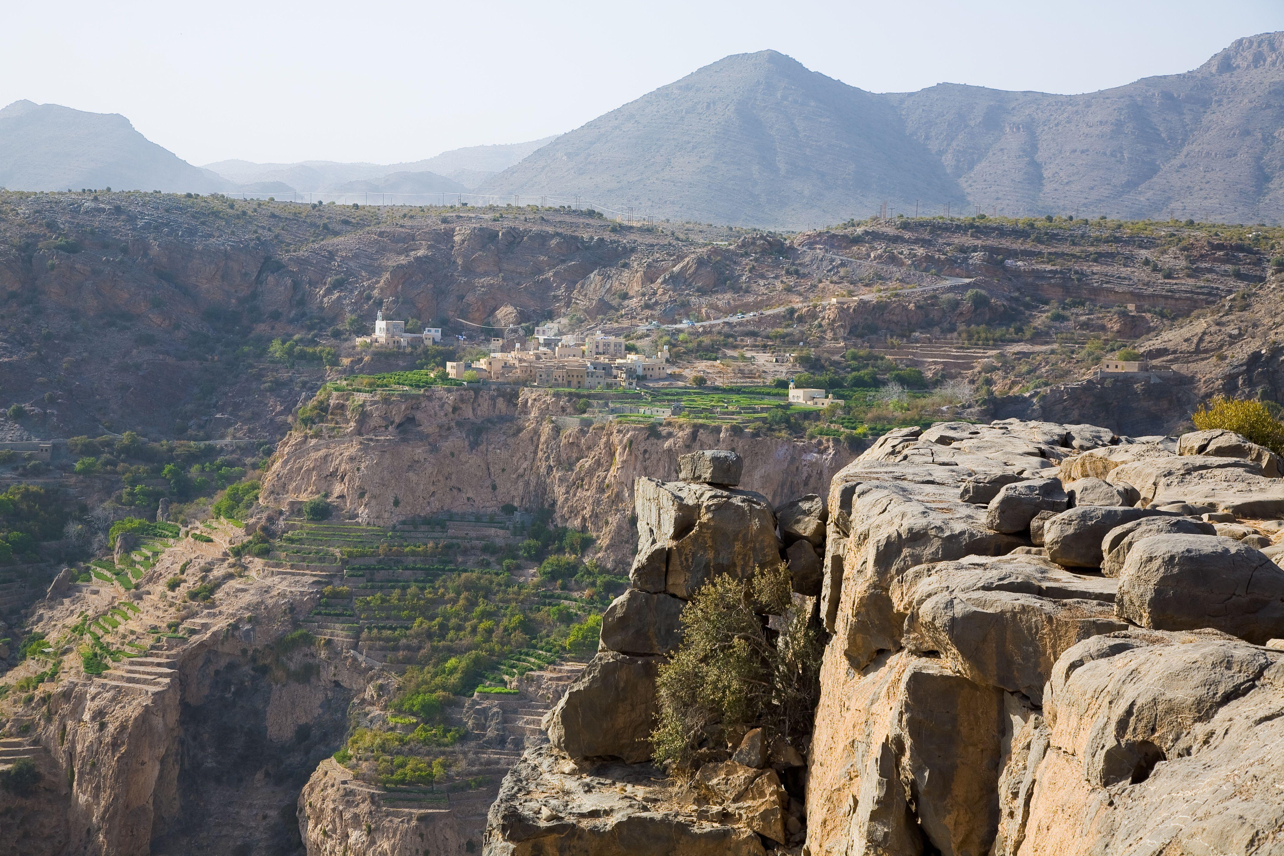 الجبل الأخضر في عمان المرسال Oman Camping Places Travel