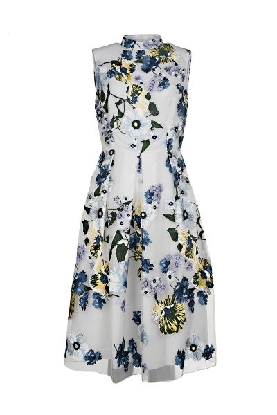 Erdem sleeveless organza dress with floral embroidery, pleated skirt and concealed zip closure in the back  The model is 1,75m tall and is wearing size 36