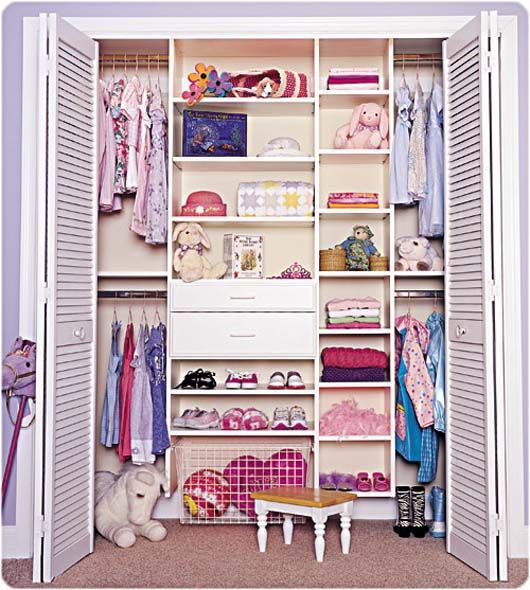 Small Walk In Closet Organization