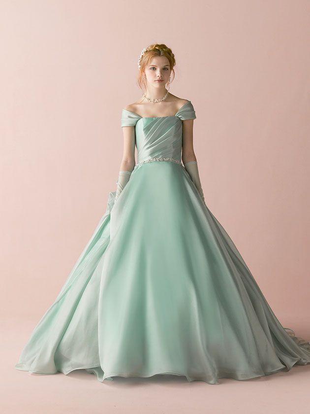 COLECCIÓN | ANTEPRIMA | Vestido de novia «Mari …
