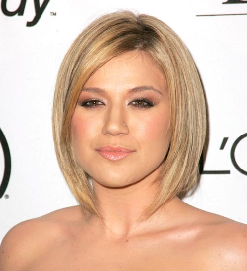 Pin On 20 Best Short Hairstyles For Round Faces In 2020