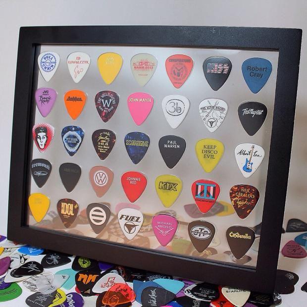 Plectrum Spectrum 8 X 10 Guitar Pick Display Frame Horizontal 35 Picks Frame Included Plectrum Spectrum Guitar Pick Displays Reverb Guitar Picks Diy Guitar Picks Gift Guitar Picks Crafts