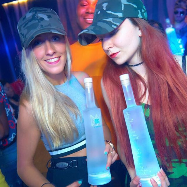 """""""Love our girls Love our Empire !! @empirevodkagb  #queenofpoland #createyourempire #luxuryservice #events #enjoy #love #club #nightlife #party #partytime #barman #alcohol #drinks #liquor #cocktails #premium #vodka #bottle #amazing #lbeautiful #powerful #tasty #cantgetenough #explore #follow4follow #followforfollow #empirevodkagirls #girl"""" by @empire_vodka_bar_service. #이벤트 #show #parties #entertainment #catering #travelling #traveler #tourism #travelingram #igtravel #europe #traveller…"""