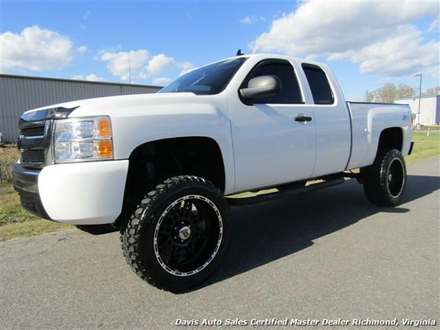 2007 Chevrolet Silverado 1500 Lt Z71 Lifted 4x4 Extended Cab Short Bed For Sale In Richmond Va Www Davis4x4 Com O Chevrolet Silverado Extended Cab Silverado