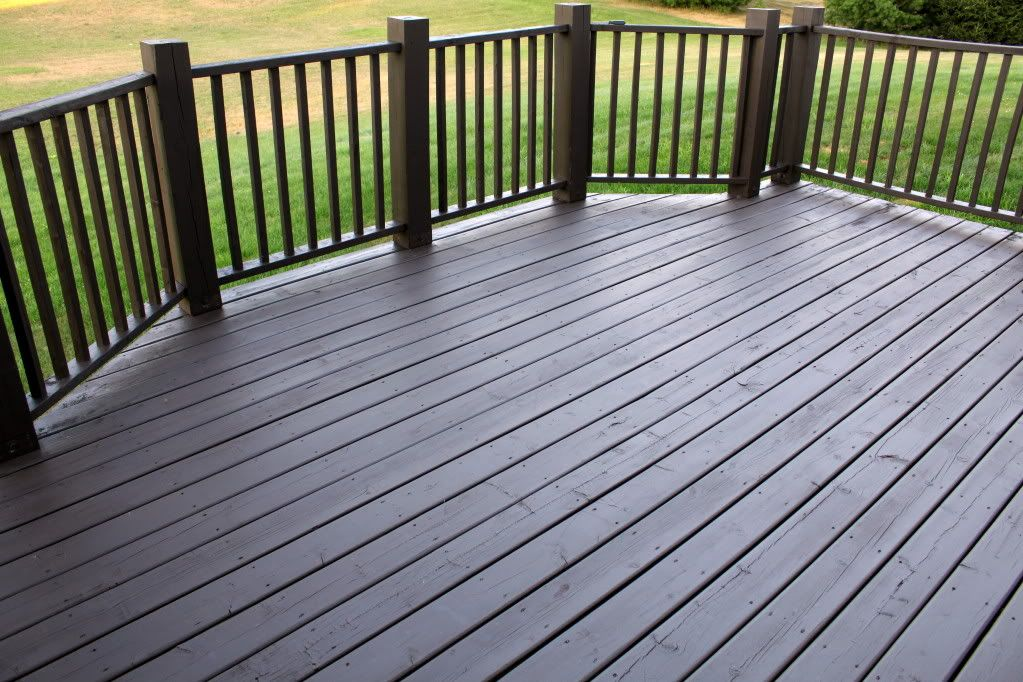 Staining a deck flood one coat waterproofing love the for Garden decking colour ideas