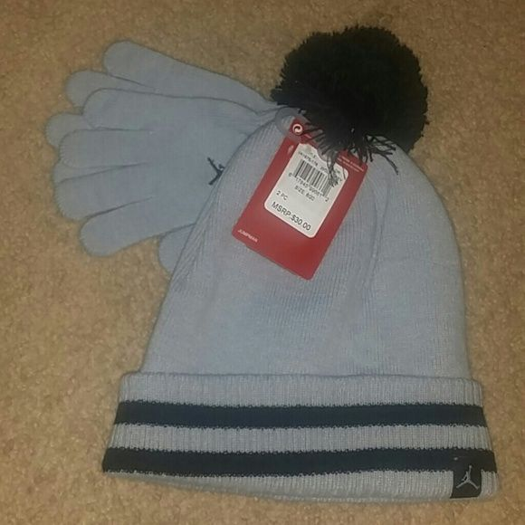 baf0e4394b1 Boys Youth 8 20 Nike Jordan hat   gloves set NWT