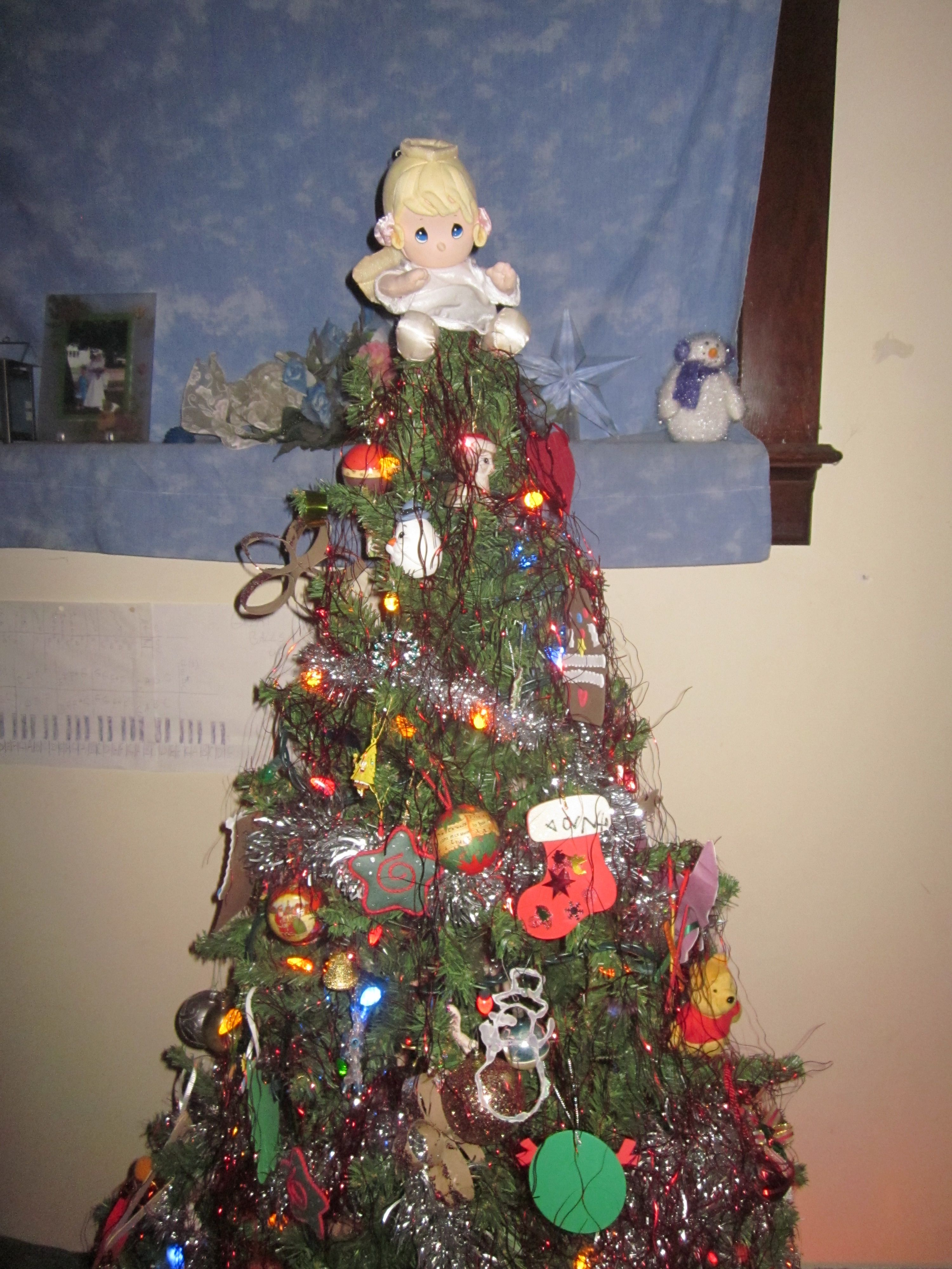 Mel-Ody stepped in to be the angel at top of tree