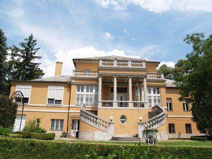 Museum of architecture, Kovaciceva street. A wonderful project designed by Benedik and Baranyai duo. #Croatia #Zagreb #architecture #Capital #building #design #artdeco #artnouveau #secession #baroque #neobaroque #old #buildings #mansions #vila #Europe #Mirogoj #arcades