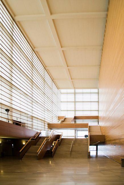 Palacio de congresos y auditorio kursaal san sebastian rafael moneo architect arquitectura - Arquitectos de interiores famosos ...