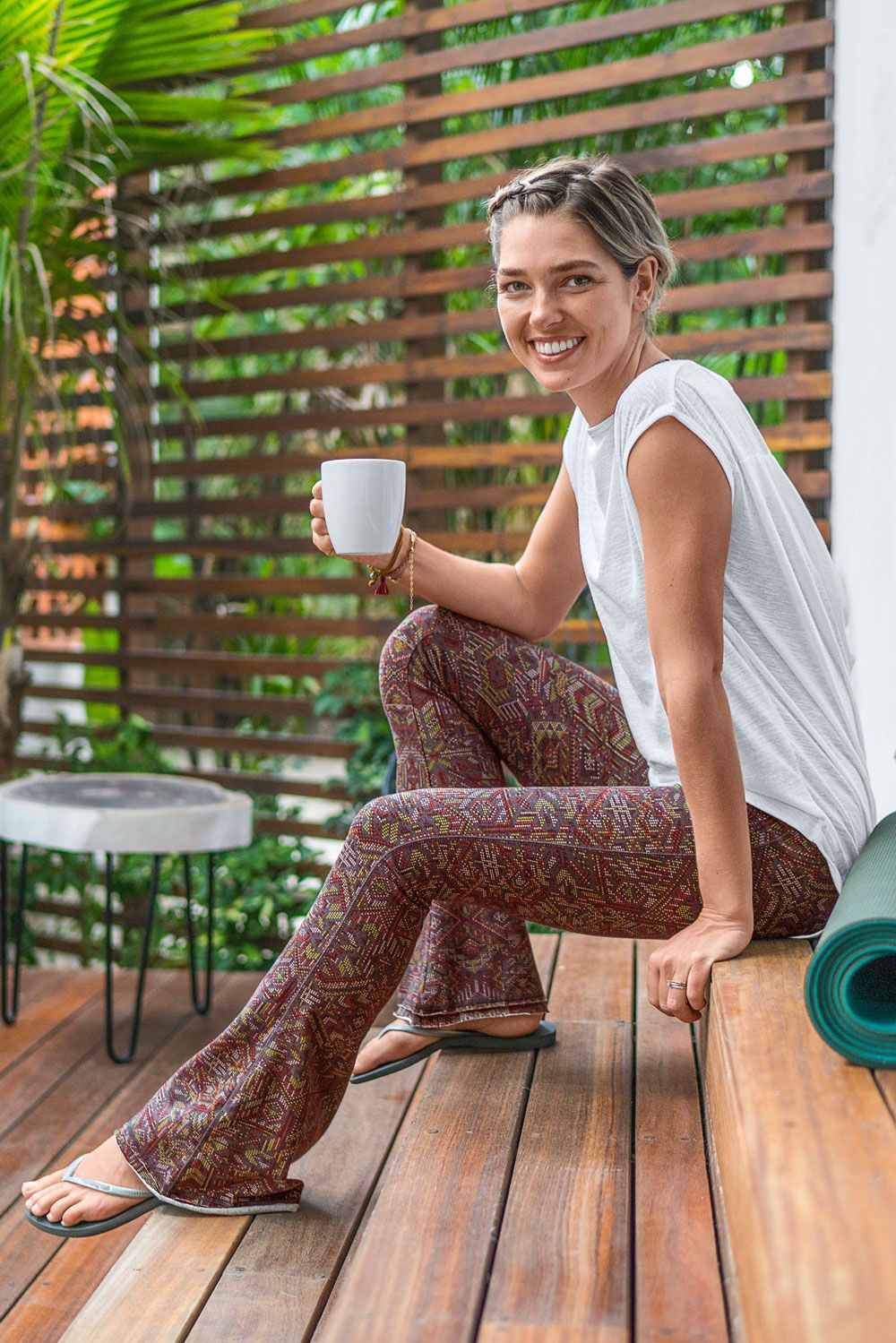 The sustainably sourced prAna Juniper pant demonstrates that the yoga studio can be a place for pers