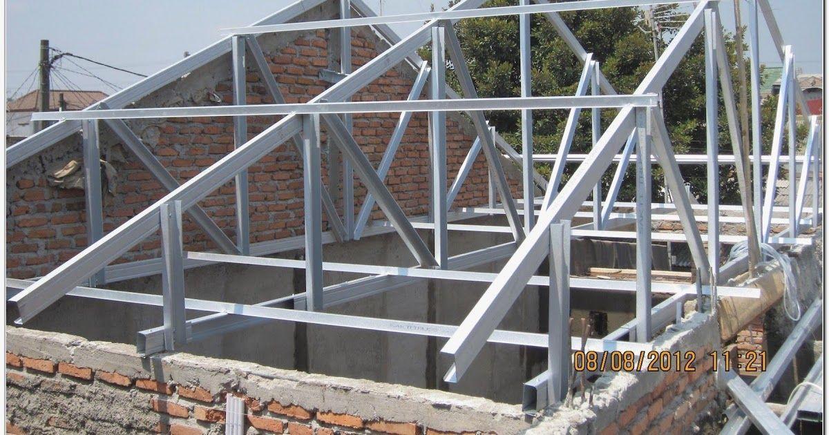 Desain Rumah Minimalis Type 45 Anti Banjir Atap Rangka Baja Ringan Desain Rumah Bentuk Atap Perisai Ini Sendiri Juga Cukup Seri Di 2020 Rumah Minimalis Atap Minimalis