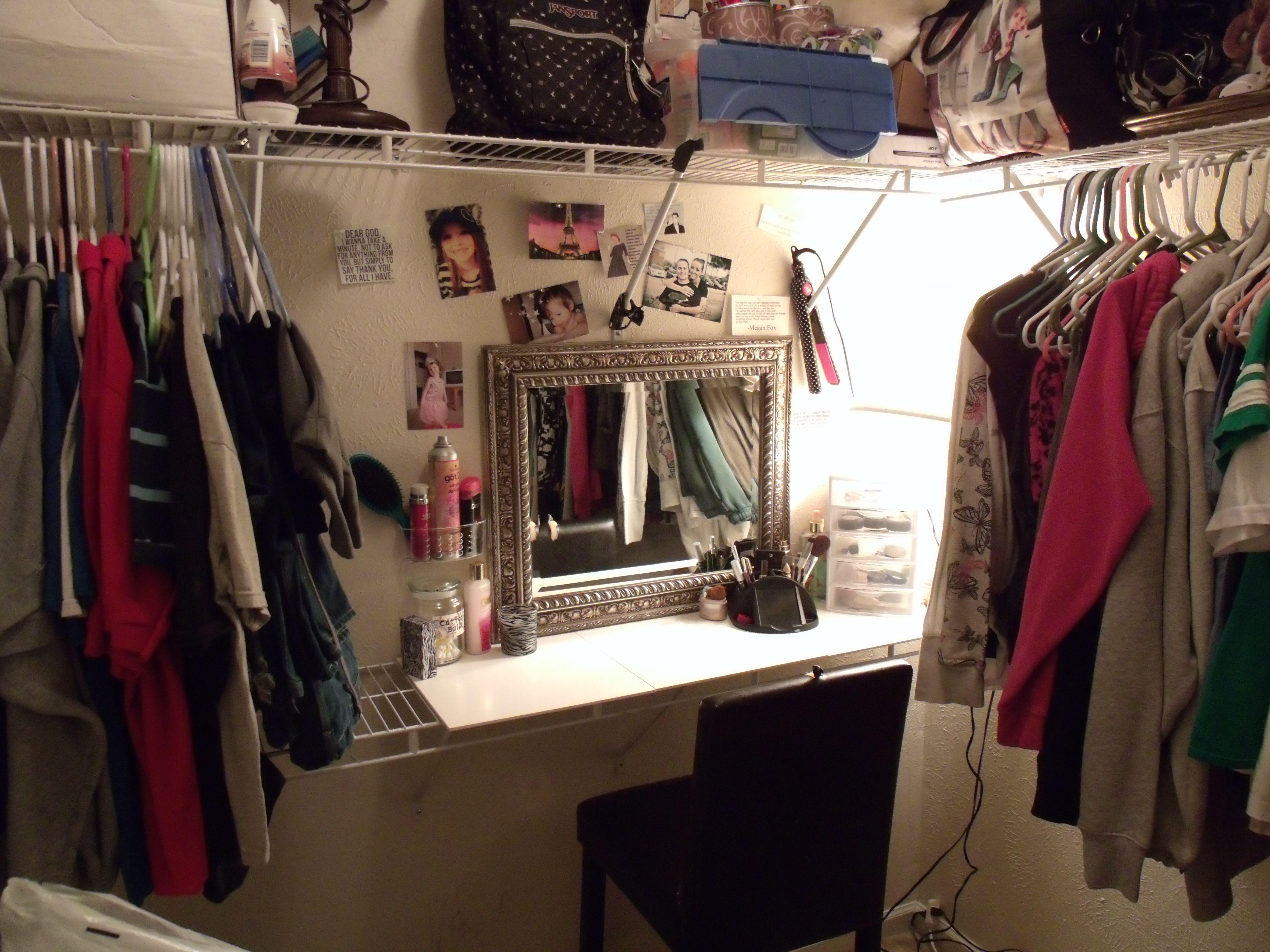 DIY Closet Makeup Vanity