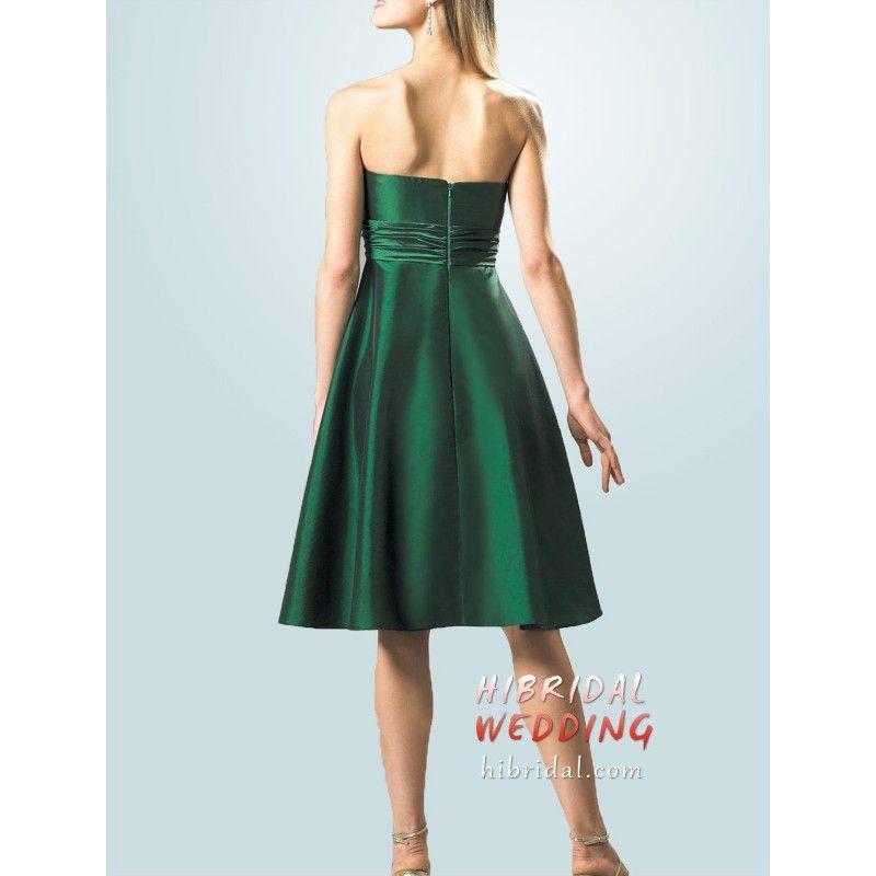 Chic Knee Length Hunter Green Taffeta Bridesmaid Dresses