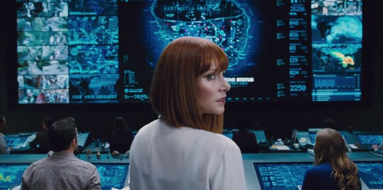93b3610c4d0 Jurassic World (2015) - Trailer Still The new-look control room (or should  it be the you-never-had-control-room ) is seriously glam and 100 percent ...