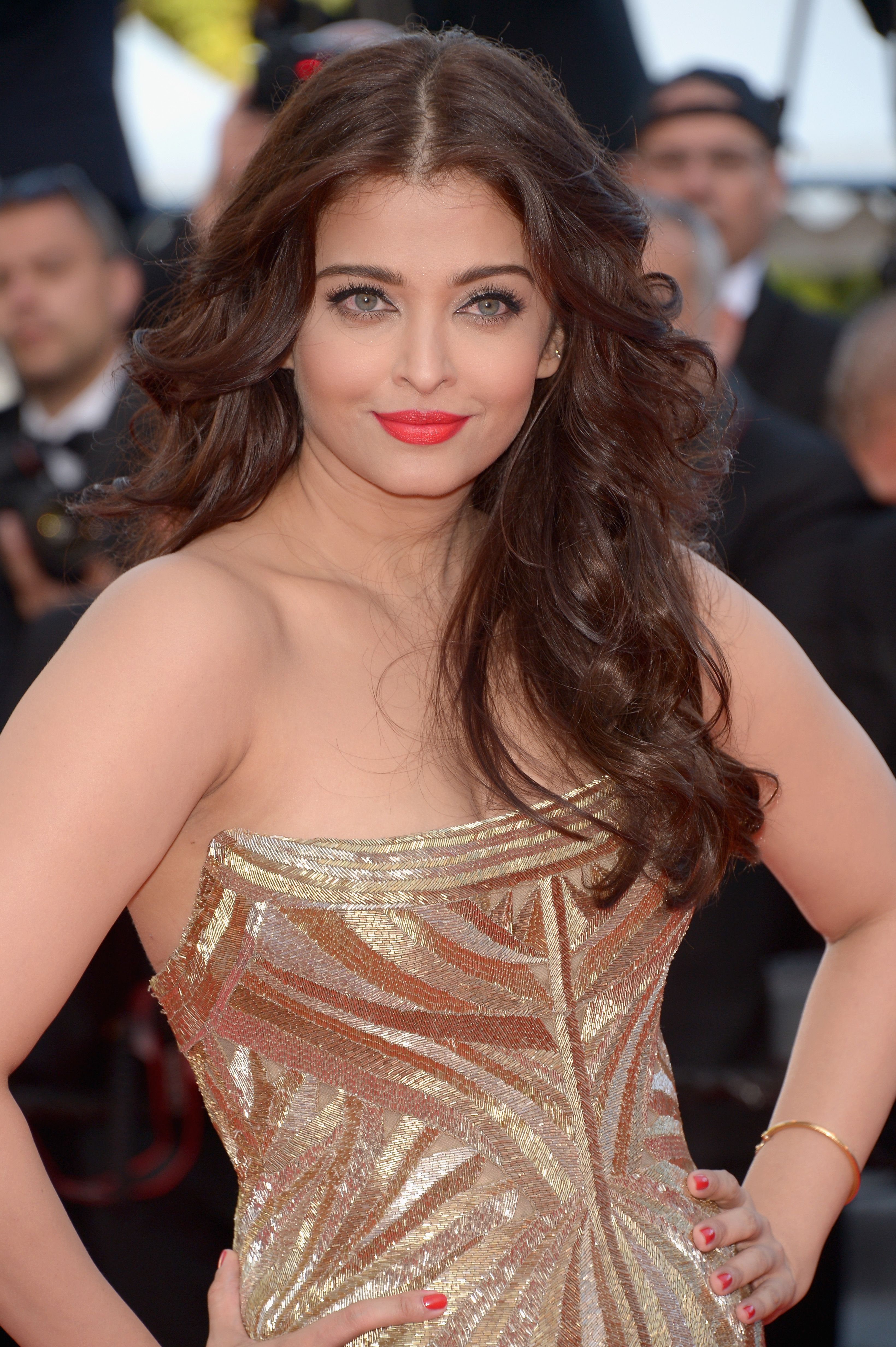 Aishwarya - Festival de Cannes 2014 | Makeup / Hair ...
