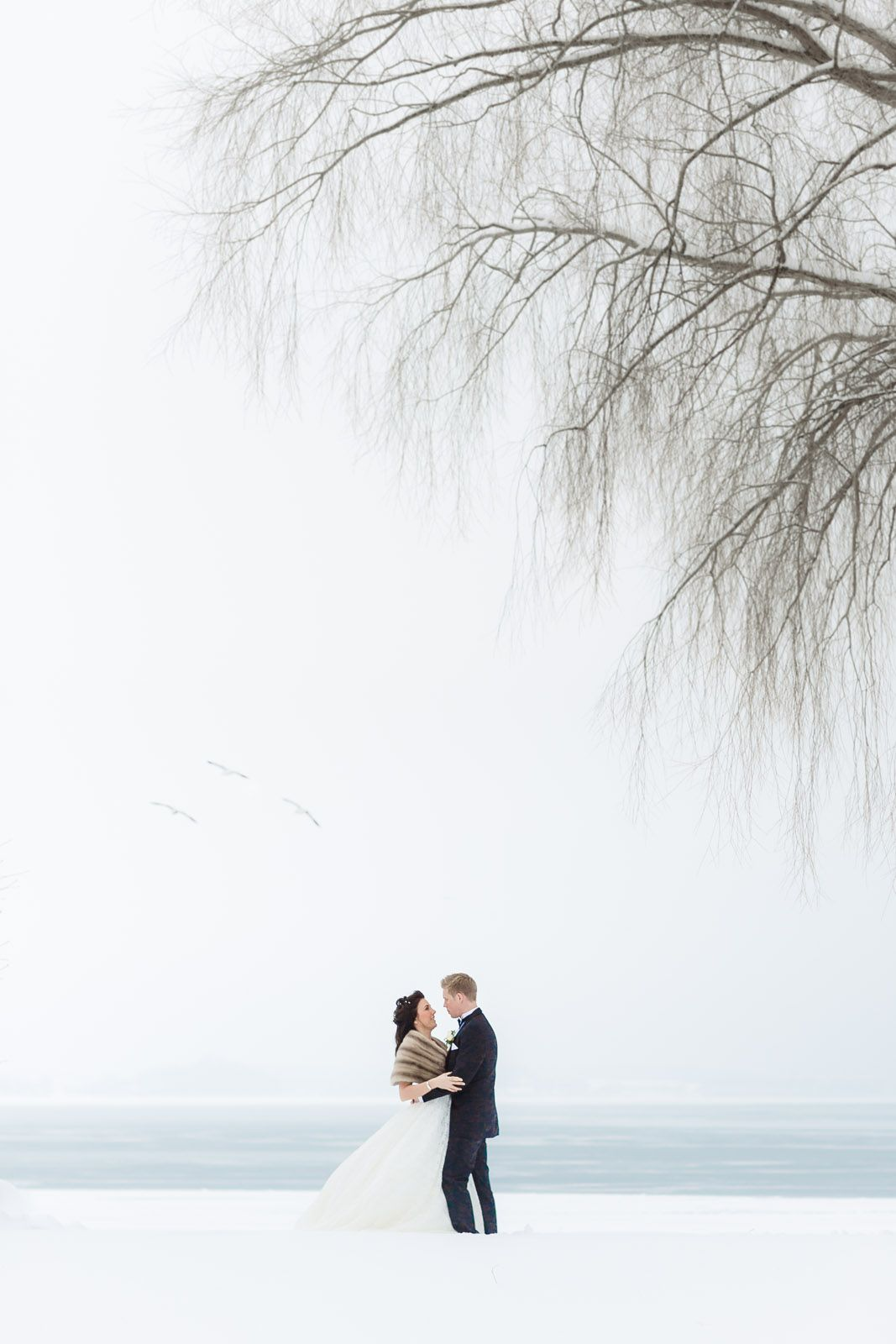 #wedding #winterwedding #vadstena #sweden #winter #vinter #snow #white #vit #weddingphotographer #anhede