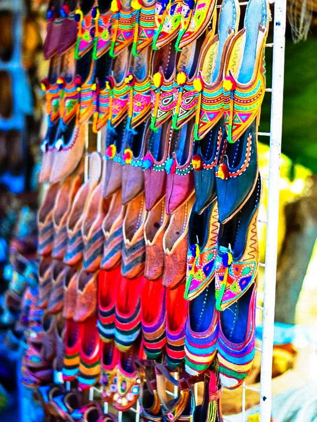 Famous Shoe Shops In Agra