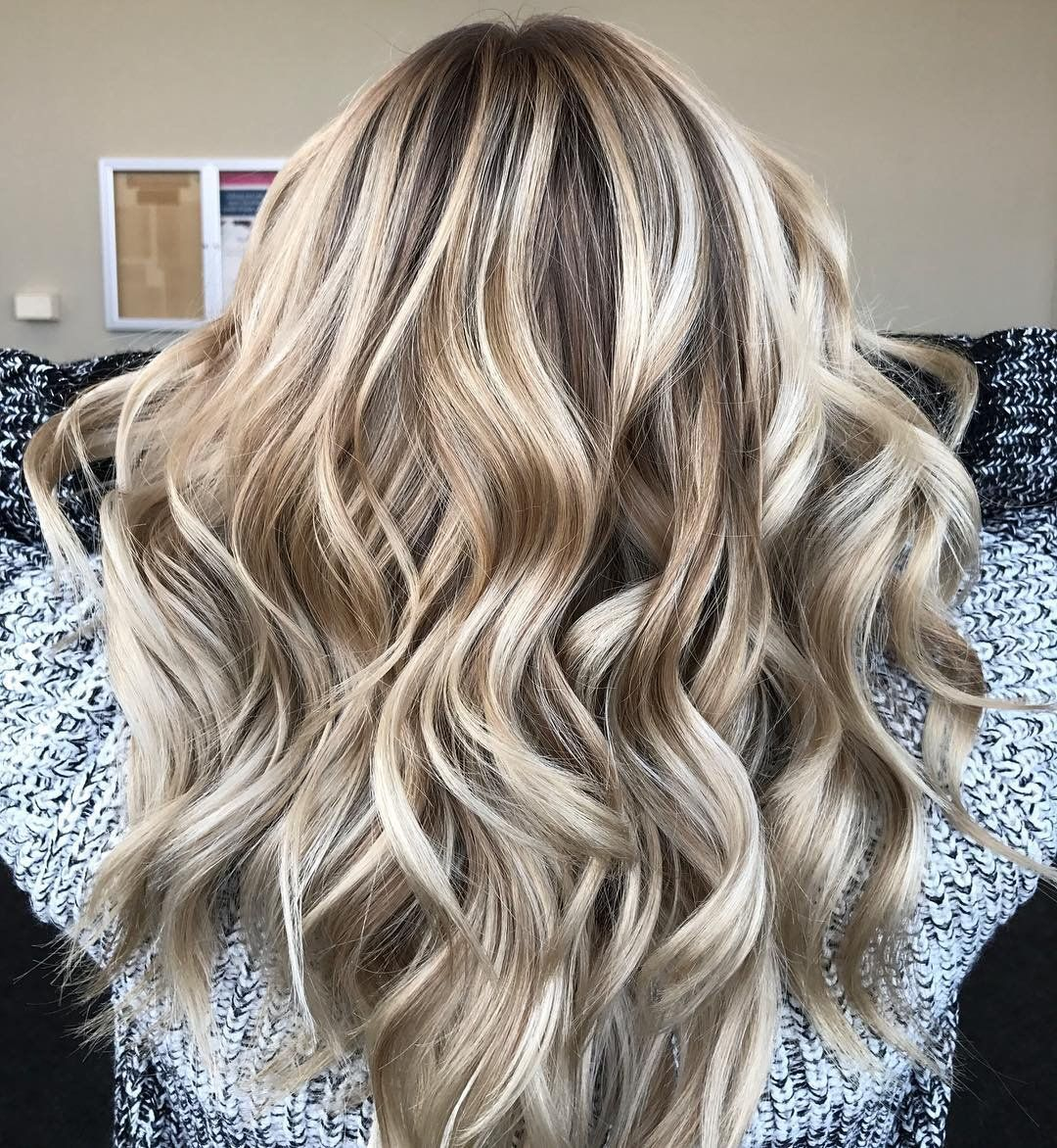 9 Fall Hair Color Trends For Blondes You Ll Be Seeing Everywhere Popular Hair Color Fall Hair Color Trends Top Hair Stylist