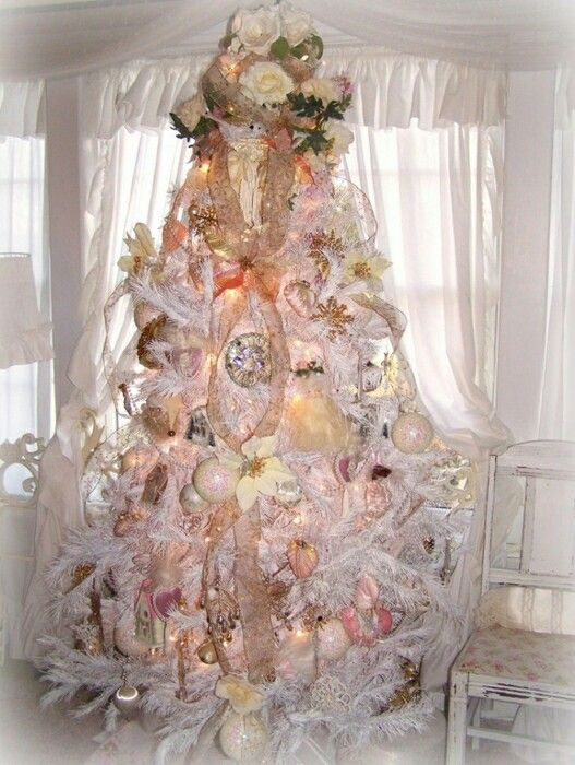 shabby, pink christmas tree just lovely Christmas Of A Different