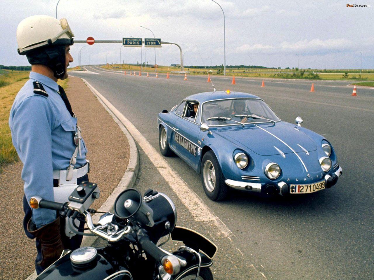 Gendarmerie  Alpine-RenaultA110