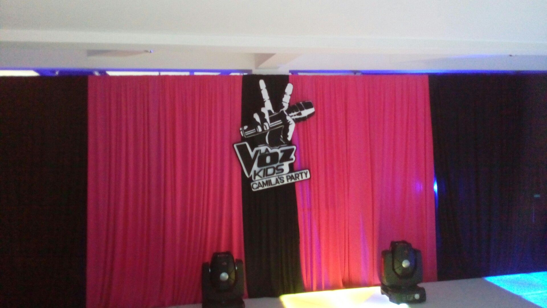 Escenario la voz Kids, Camila's party