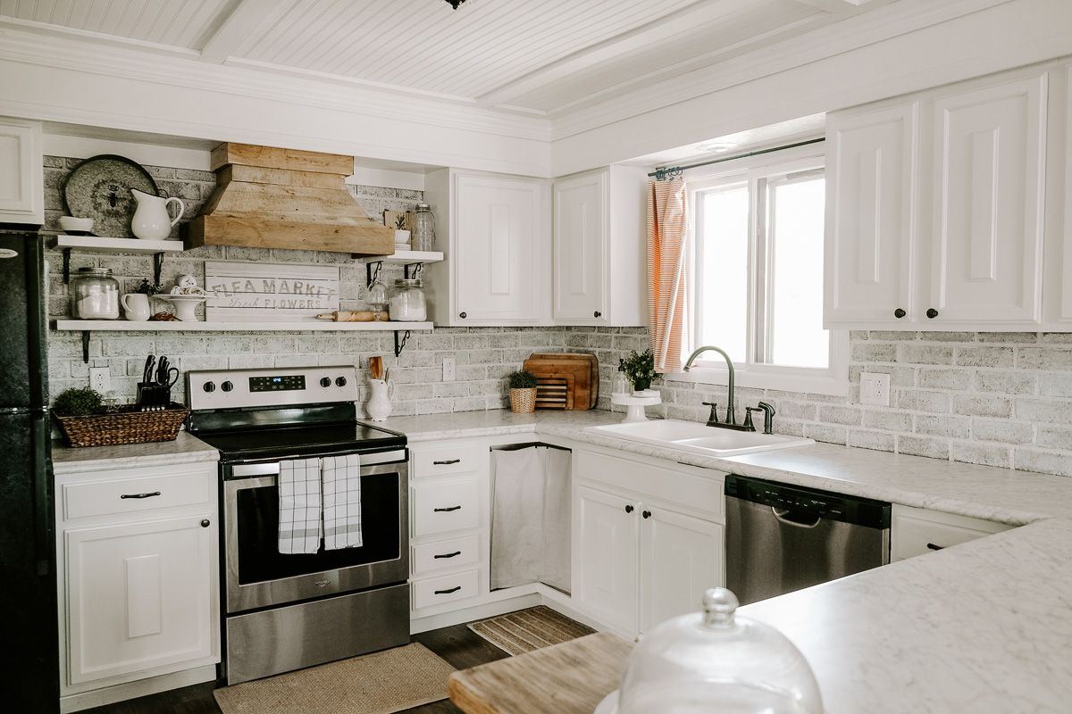 How to Repaint Kitchen Cabinets the Right Way | Repainting ...