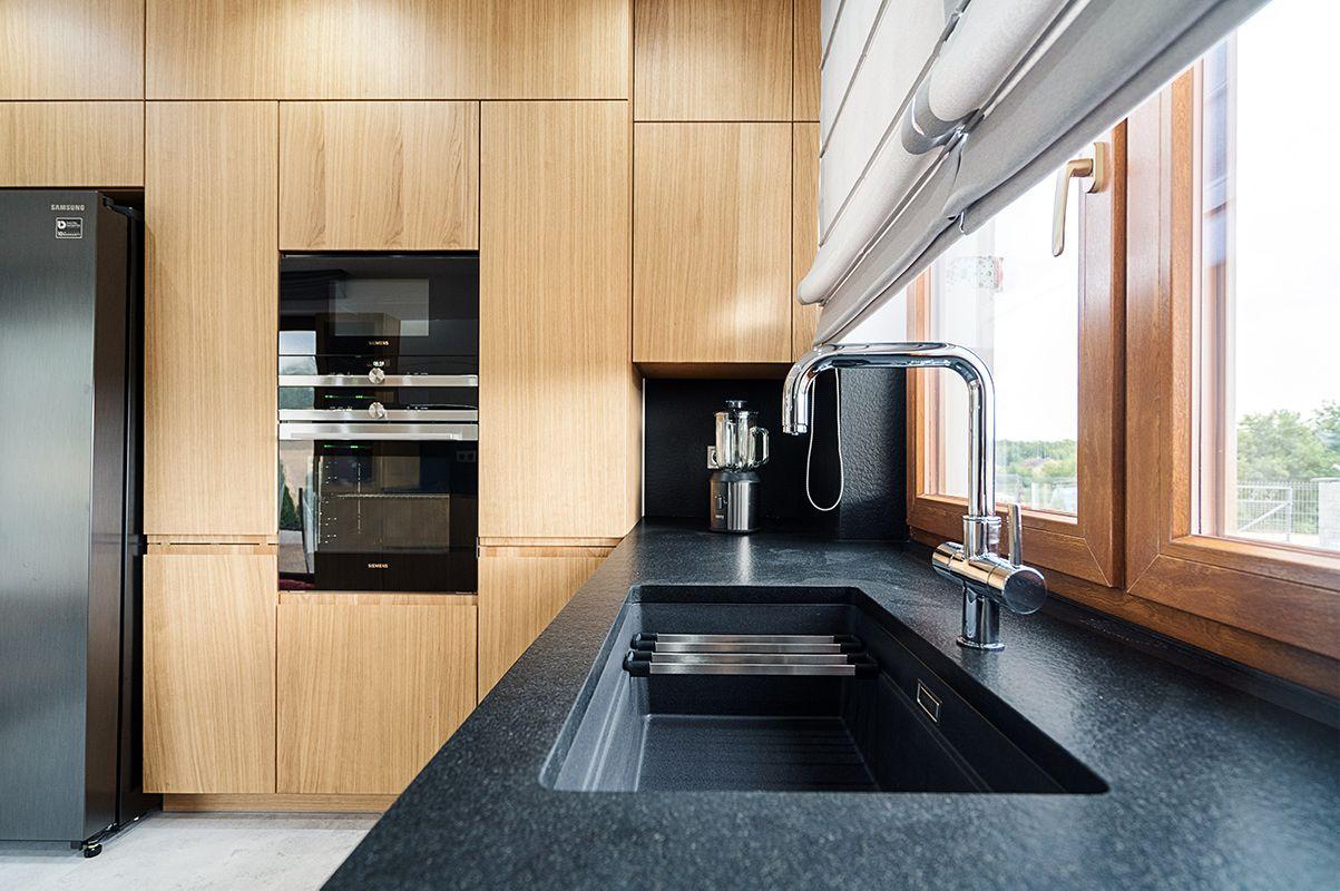 Dab Na Topie Modern Kitchen Kitchen Design Modern Kitchen Design