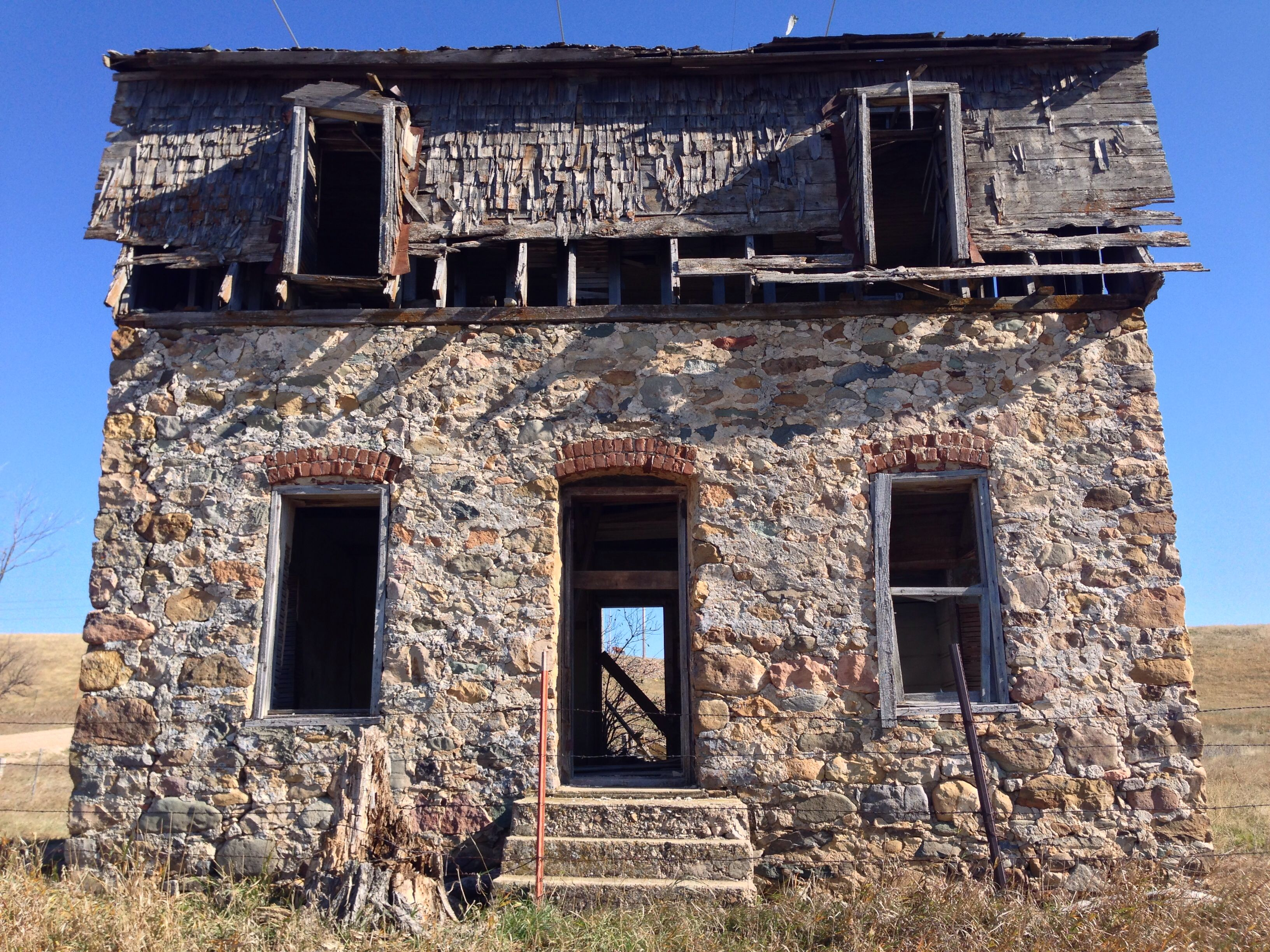Old abandoned house in SD