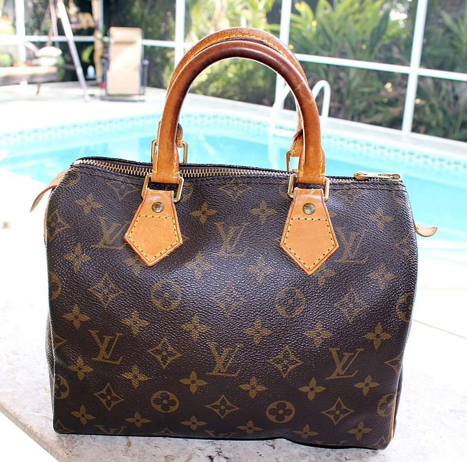 952dc890 Louis Vuitton Speedy 25 Monogram Hand Bag | Be My Valentine | Louis ...