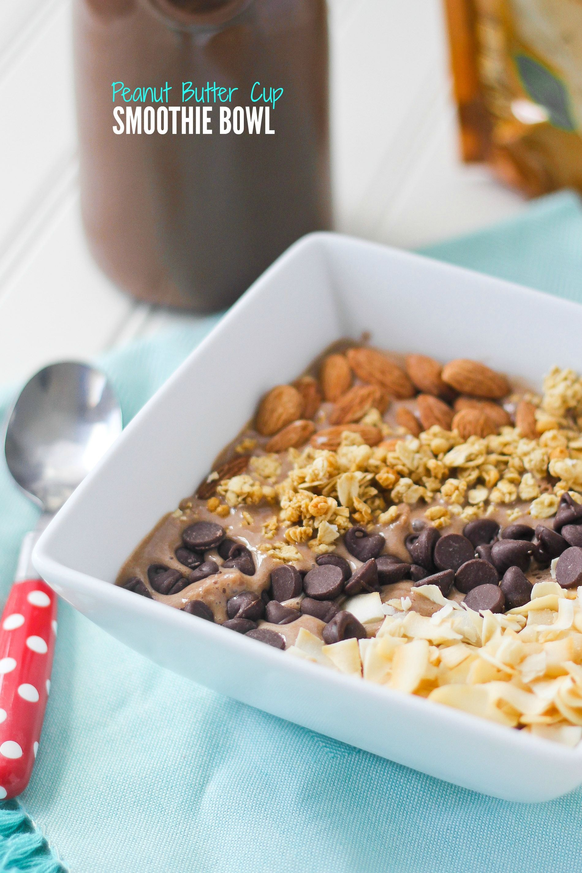 A Peanut Butter Cup Smoothie Bowl is the perfect quick breakfast to get you through the day. It's got rich chocolate peanut butter flavor and is packed with protein. #ad