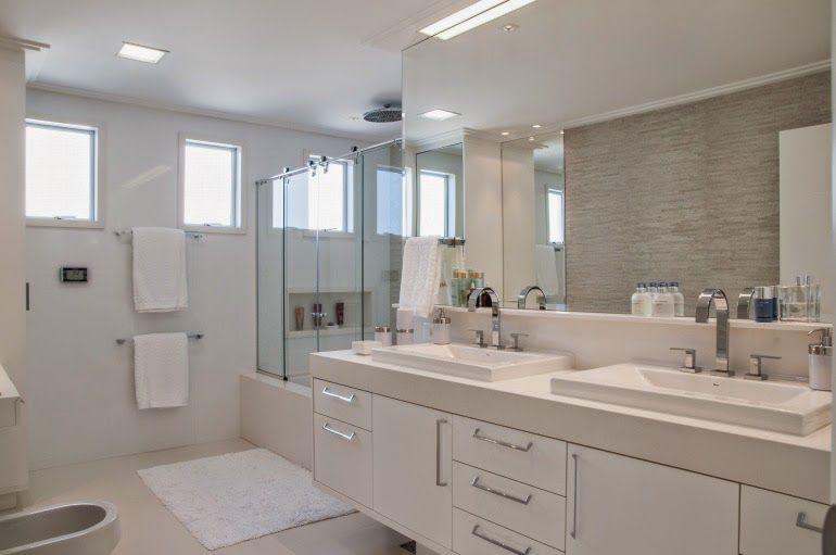 Banheiros brancos maravilhosos  veja modelos e dicas!  banheiro  Pinterest -> Banheiro Decorado Casal