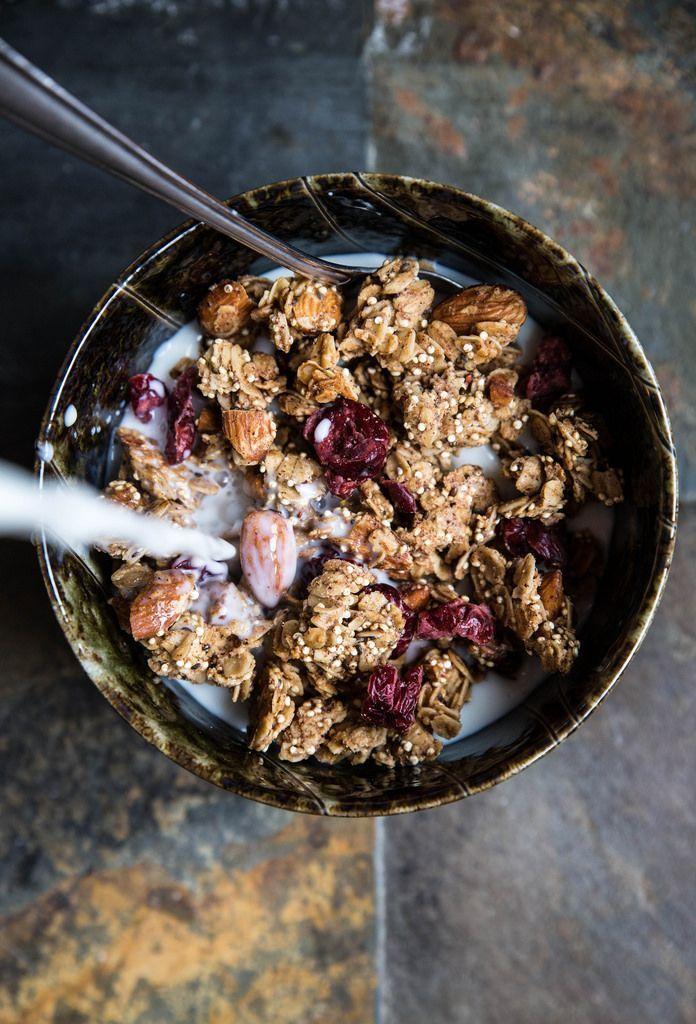 Cranberry Almond Granola Granola, Quinoa and Almonds - schnelle vegane küche